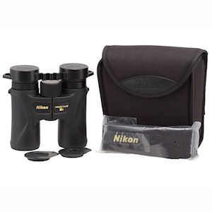 Nikon 16000 PROSTAFF 7S 8x30 2