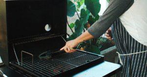 portable gas grill preparing